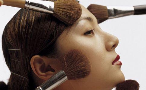 韩国门将疑化妆 夏天怎么防止脱妆 怎么定妆