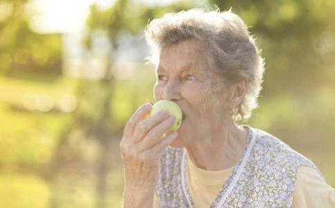 三高是什么 高血压不能吃什么 高血脂患者适宜吃哪些食物