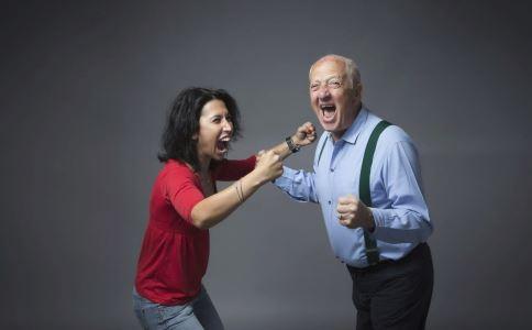 老年人生气会怎样 哪些病是气出来的 老年人如何控制自己的情绪