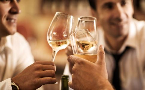 喝酒之后头疼怎么办 喝酒之后头疼的缓解方法 喝酒之后头疼的原因