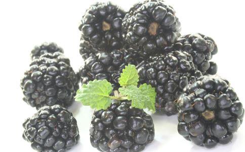 黑莓酒 黑莓酒的功效 黑莓酒能抗癌吗