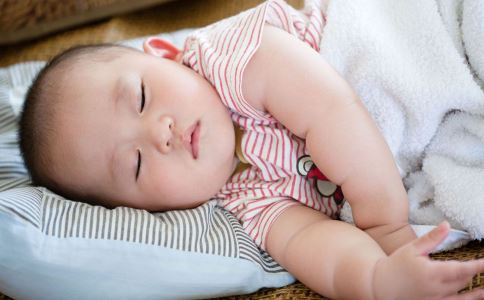 宝宝湿气重怎么办 怎么知道宝宝是否有湿气 宝宝湿气重怎么祛湿