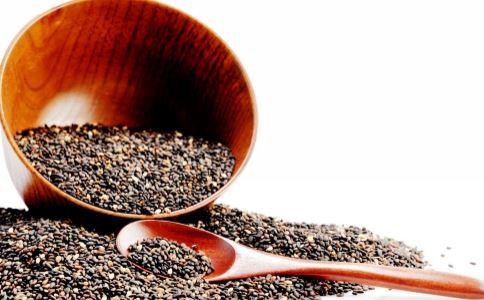 吃黑芝麻要注意什么吗 黑芝麻的好处 黑芝麻有哪些吃法