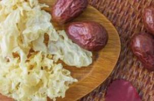 红枣银耳汤可以当饭吃吗 减肥还应吃点正餐