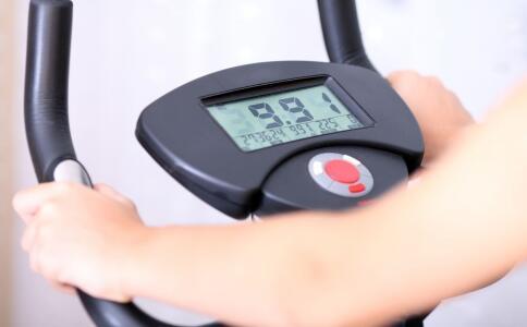 胖妹3个月怒减45斤 怎么减肥不反弹 减肥什么时候锻炼最合适