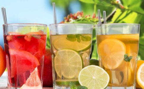 夏季喝什么消暑饮料好 消暑饮料可以多喝吗 消暑饮料喝多会怎么样