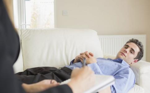长期抑郁有哪些危害 长期抑郁怎么办 如何治疗抑郁症