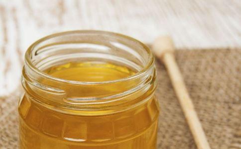 男人没事多喝蜂蜜 可提高性能力