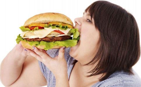 女孩留美3年增40斤 太胖例假不来 女生体重胖的危害