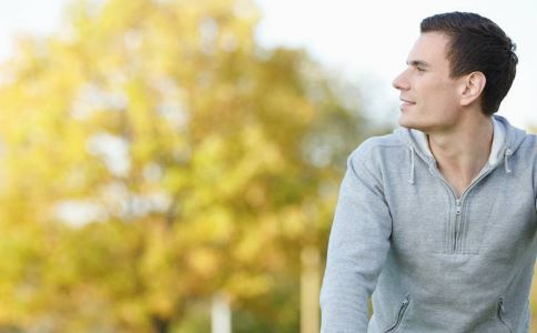 精索静脉曲张怎么治 精索静脉曲张有什么治疗方法 精索静脉曲张的症状有哪些