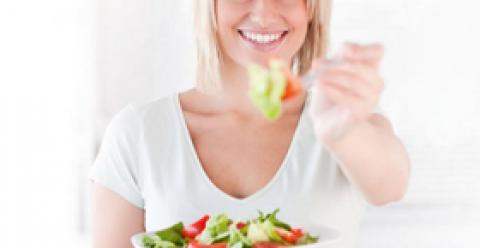 产后如何预防妊娠斑 产后长妊娠斑的原因 产后吃什么祛斑