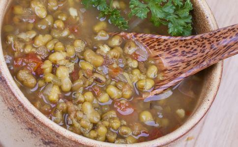 绿豆汤是红的还是绿的 怎么煮绿豆汤是绿色 怎么熬绿豆汤是绿色的