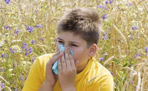 过敏性鼻炎的新致病基因 什么是过敏性鼻炎 过敏性鼻炎要怎么防治