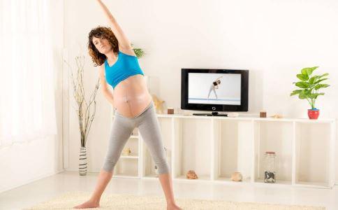 谢楠怀孕六个月健身 怀孕可以健身吗 怀孕健身的好处