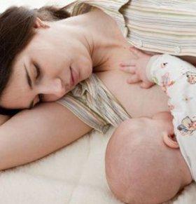 宝宝喝夜奶好吗 宝宝喝夜奶的坏处 怎么戒夜奶