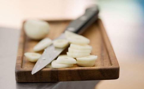 大蒜的作用 大蒜可以补肾壮阳吗 大蒜的好处