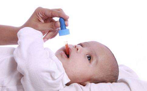 儿童如何喂药 喂药的正确方法 喂药时注意事项