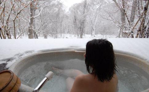 洗澡有訣竅 經常亂洗澡容易損傷女人身體