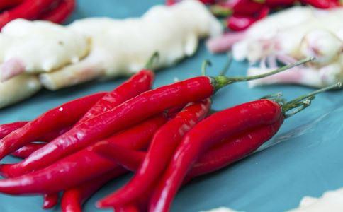 辣椒吃多的危害 吃辣会伤胃吗 吃辣容易上火吗