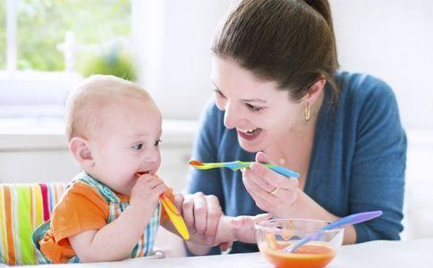 婴儿米粉怎么冲好 婴儿米粉的冲泡方法 吃婴儿米粉的误区