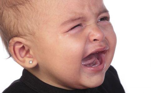 宝宝哭闹怎么办 宝宝哭闹如何处理 如何安抚哭闹宝宝