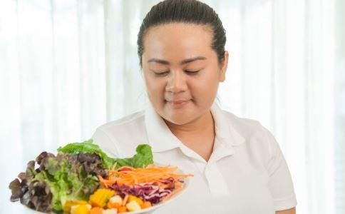 女性瘦脸吃什么好 最适合女生瘦脸的食物 女生怎么瘦脸最快