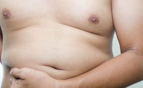 秋季巧用泡脚减肥 3个月瘦17斤