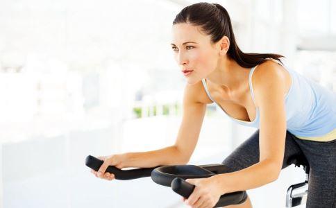 减脂瘦腰的方法有哪些 怎么做可以减脂瘦腰 瘦腰效果好的运动