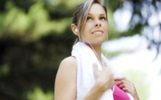 游泳一天游多少米减肥 游泳减肥技巧_运动减肥_减肥_99健康网
