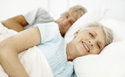 老年颈椎病 颈椎病锻炼方法 颈椎病运动方法