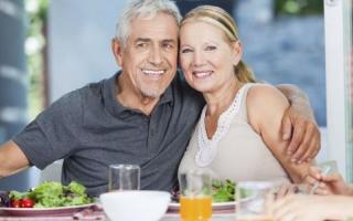 让你活到100岁的10个简单习惯_老人_百科_99健康网