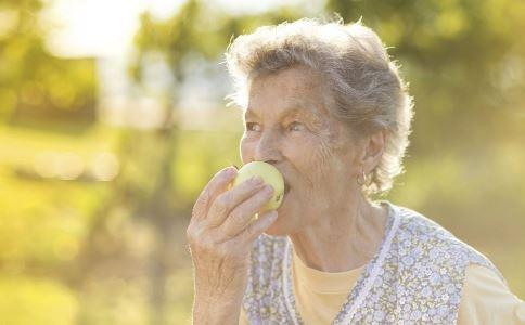 老年人 食补偏方 春季 老人 头痛 疾病 疗法