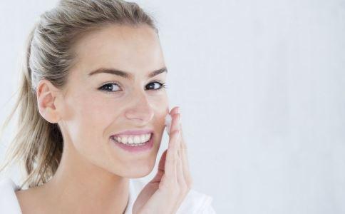 白醋洗脸有什么好处 白醋洗脸的正确方法 健康常识 图3