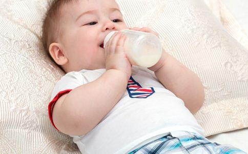 婴儿奶胖的原因 婴儿奶胖的危害 婴儿奶胖好不好