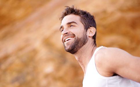 推荐4种治疗男性胀气的食谱