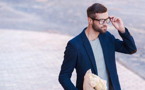 男人尿尿会有什么危害,影响大男人尿尿?