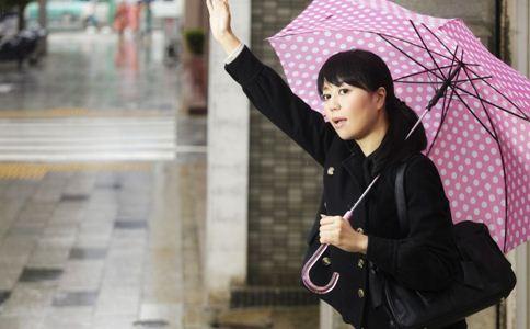 冬季如何给身体排毒 冬季排毒注意事项 女人冬季排毒方法