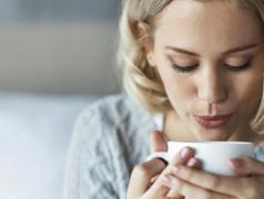网恋值得相信吗 女人保持警惕才不易被骗