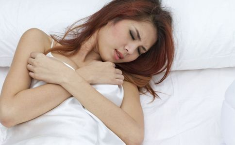 经期便秘怎么办 女人经期便秘吃什么 如何预防经期便秘