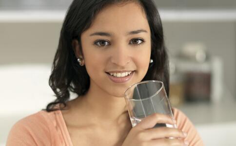 吃榴莲的女性不仅能治疗痛经,还能改善感冒。