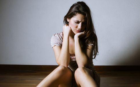 女人的禁闭不能做五件最危险的事情。她很容易被禁闭。