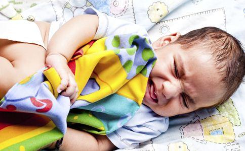 宝宝哭闹怎么办 如何护理宝宝 宝宝睡觉时哭闹怎么办