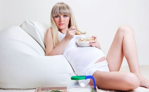 孕期吃什么好 孕期吃什么对宝宝好 孕期吃什么宝宝更聪明