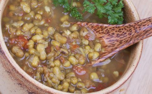 夏天和绿豆汤的好吃 喝绿豆汤有什么好处 夏天喝绿豆汤