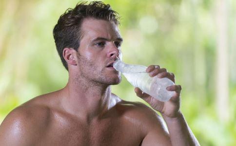 男性尿道炎怎么治疗 尿道炎有什么症状 尿道炎的原因有哪些