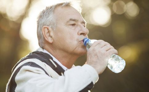 中年男人性功能怎么自测 男人性功能自测法 如何饮食提高性能力