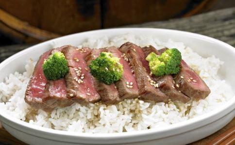外卖店使用菜肴包 白领自带什么午餐好 白领自带午餐食谱