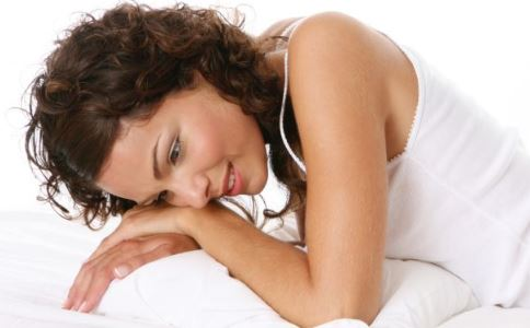 吃什么食物预防乳腺疾病 吃什么保养乳房 保养乳房的食物