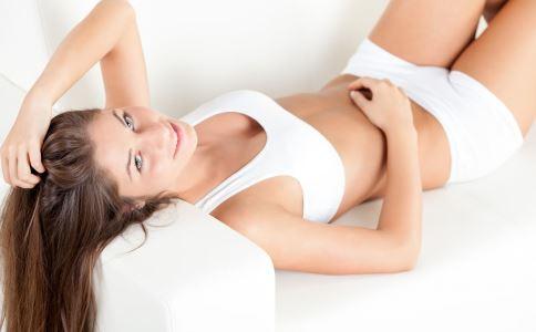 子宫脱垂有哪些症状 子宫脱垂是怎么引起的 怎样预防子宫脱垂