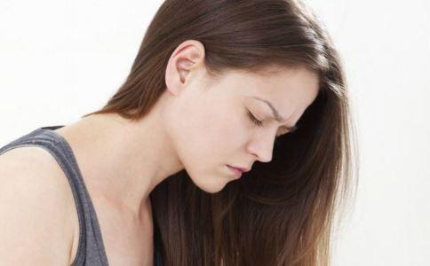 乳腺癌内分泌治疗的常见药物有哪些 什么是乳腺癌的内分泌治疗 乳腺癌早期有哪些症状